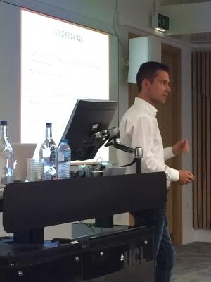 Ysidron presenting